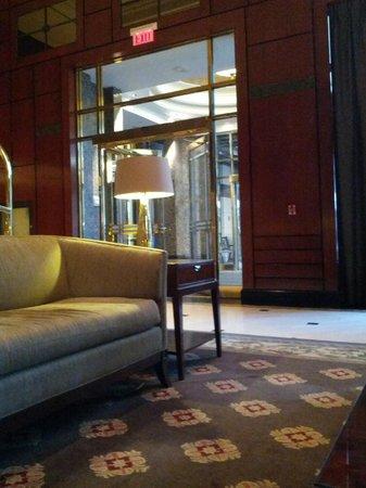 Park Hyatt Toronto: lobby of south tower
