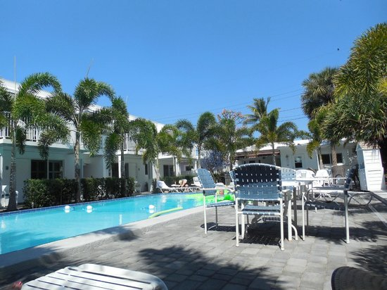 Beachside Village Resort: Pool