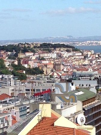 Four Seasons Hotel Ritz Lisbon: view from balcony