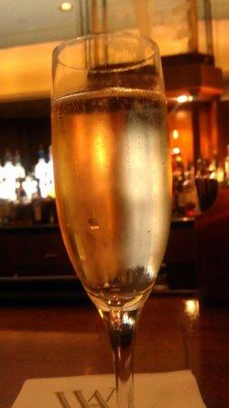 The Roosevelt New Orleans, A Waldorf Astoria Hotel: bar