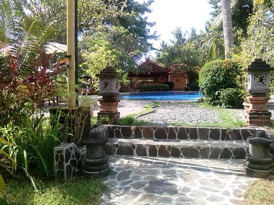 Banyualit Spa n' Resort : the garden