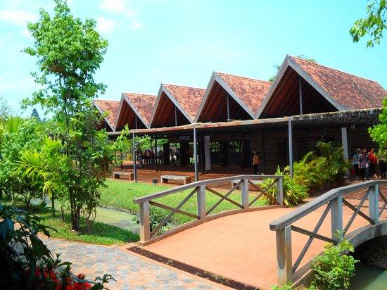 Banteay Srei : Tourist info center
