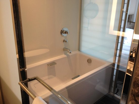 Hilton Tokyo: バスルーム