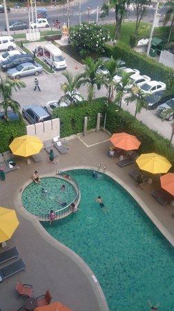 ibis Hua Hin: Swimming Pool