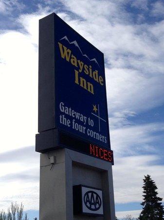 Wayside Motor Inn: Wayside Motor Inn sign