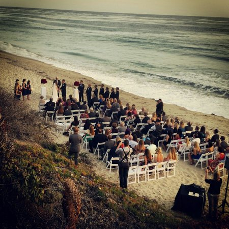 Hotel Laguna : Wedding on the beach