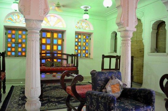 Rawla Mrignayani Palace: lobby