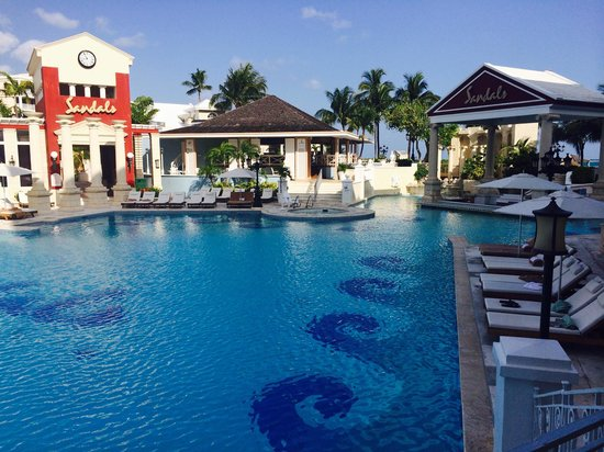 Sandals Royal Bahamian Spa Resort & Offshore Island: This is it