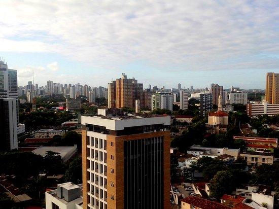 Mercure Recife Metropolis : vista da varanda do apartamento