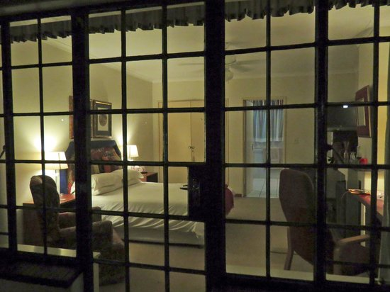Riverbend Country House: Looking into our room