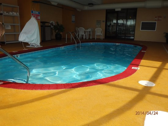 BEST WESTERN Knoxville Suites: POOL
