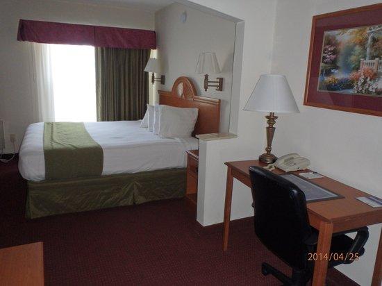 Days Inn Panama City: Room