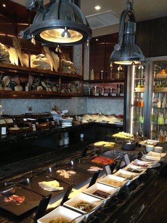 Hilton Sukhumvit Bangkok: Buffet breakfast