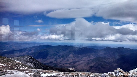 The Mount Washington Cog Railway : view from Mt. Washington Observatory