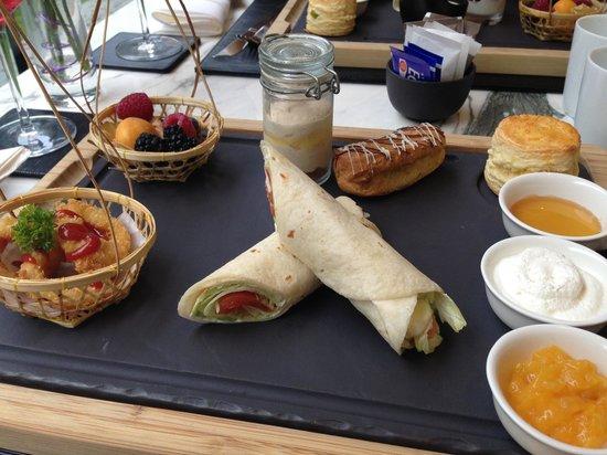 Hilton Sukhumvit Bangkok: Yummy high tea set