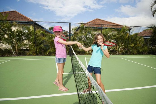 Forster Holiday Village: Enjoy a game of tennis without leaving the village.