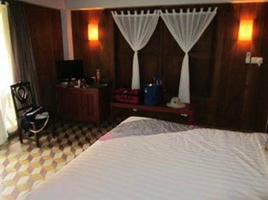 Bambu Battambang Hotel: Bedroom