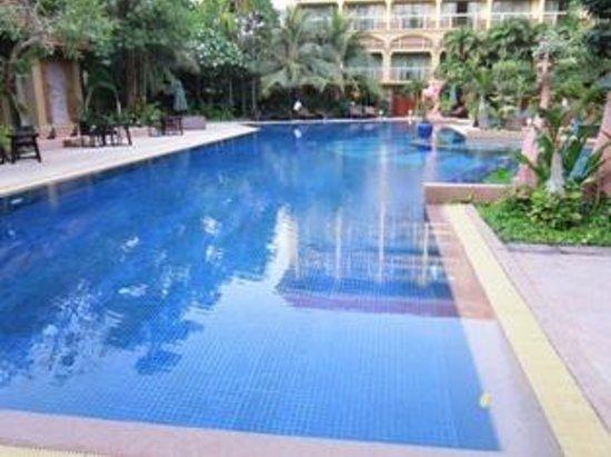 Prince D'Angkor Hotel & Spa: Pool