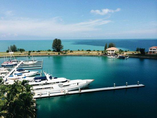 Avillion Admiral Cove : Straits view studio