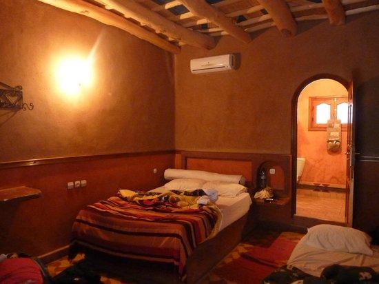 Hotel du Vieux Chateau du Dades: Habitación triple con supletoria