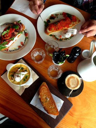 The Tuck Shop Cafe: Brunch for the Day!