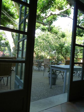 Hôtel Restaurant La Ferme : terrasse