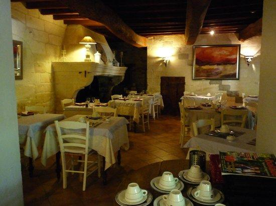 Hôtel Restaurant La Ferme : salle à manger