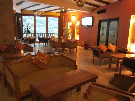 SUMAQ Machu Picchu Hotel: Lounge/Bar area