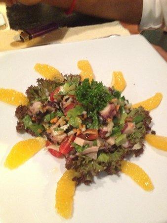 Baci Italian Bar & Grill: Octopus salad