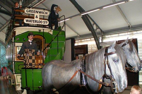 London Transport Museum: Horse drawn public transport