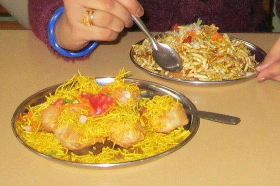 The Garden Café: Pani Poori_Bhel Poori_Taste Average
