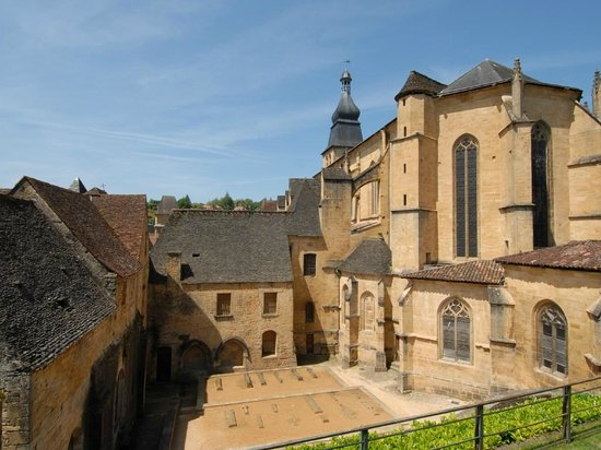 Ophorus Sarlat Day Tours