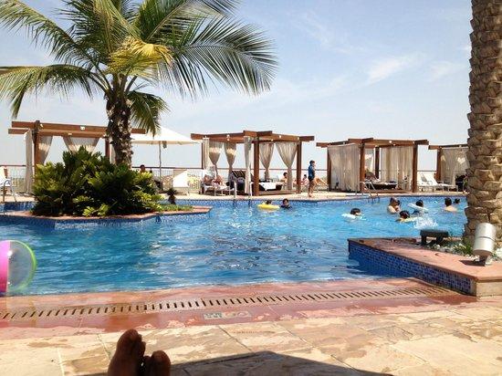 Hotel Swimming Pool Picture Of Radisson Blu Hotel Abu Dhabi Yas Island Abu Dhabi Tripadvisor