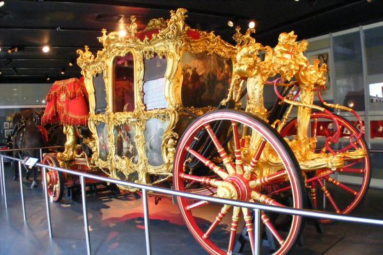Museum of London : 1757 Lord Mayor's coach