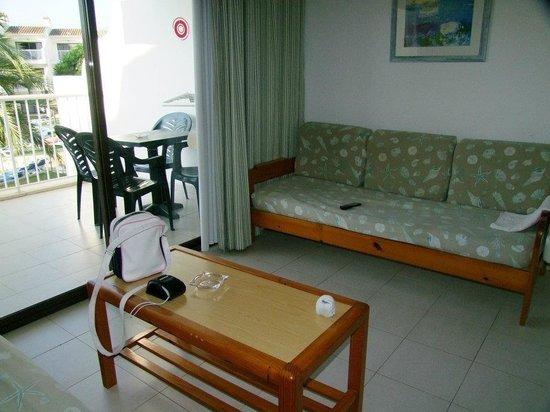 Aparthotel Playas Ca's Saboners: Living area