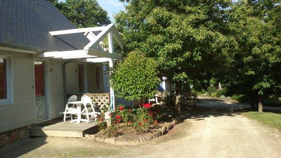 Village hotelier Le Bois de Terrefort : L'allée du Village