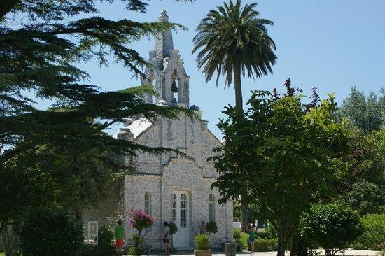 Ermita de San Sebastián: Iglesia de las conchas
