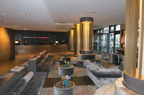 Hotel AMANO: Lobby