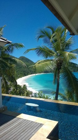 Banyan Tree Seychelles : Spectacular view of Anse Intendance from the room.