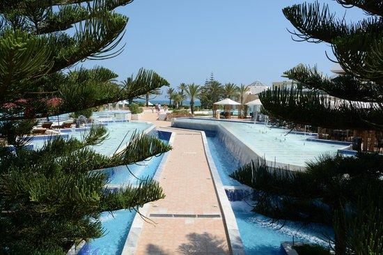 Hasdrubal Thalassa & Spa : Vue Picine + plage