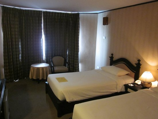 C H Hotel : 部屋
