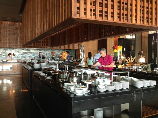 Phuket Panwa Beachfront Resort : breakfast area