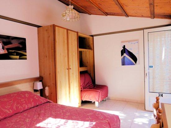 Hotel L' Hermitage : une chambre de 3