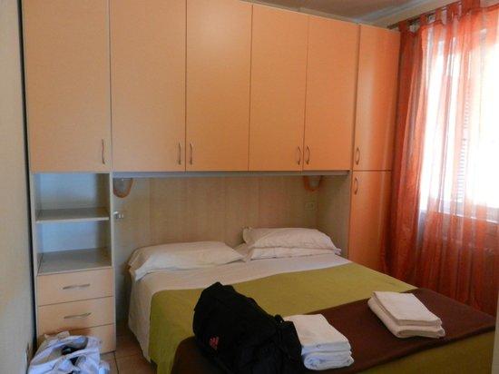 Residence La Fattoria: camera