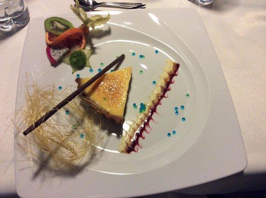 Trzy Kroki w Szalenstwo: Classic lemon tart served with basil sorbet