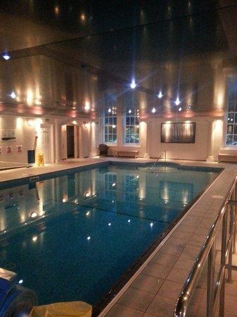 CLC Trenython Manor: Pool at night