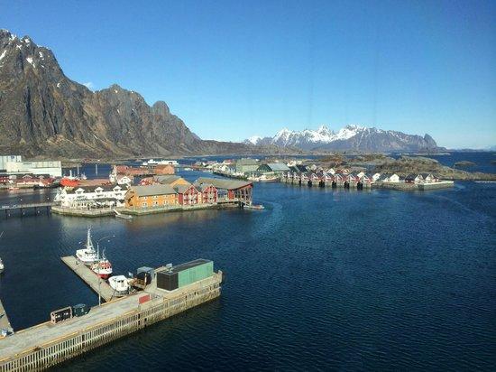 Thon Hotel Lofoten: Utsikt mot Lamøya og Svinøya