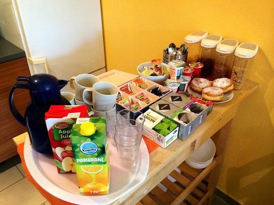 Penzion Delanta: More food for breakfast!