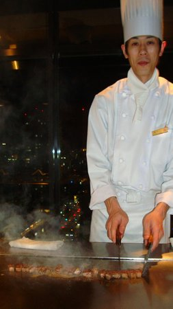 Hotel Granvia Hiroshima : Our Chef!
