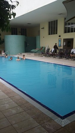 Norton Park - A QHotel: Pool